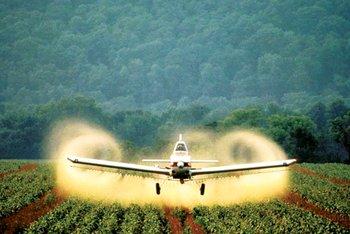 Resultado de imagen para avio fumigando