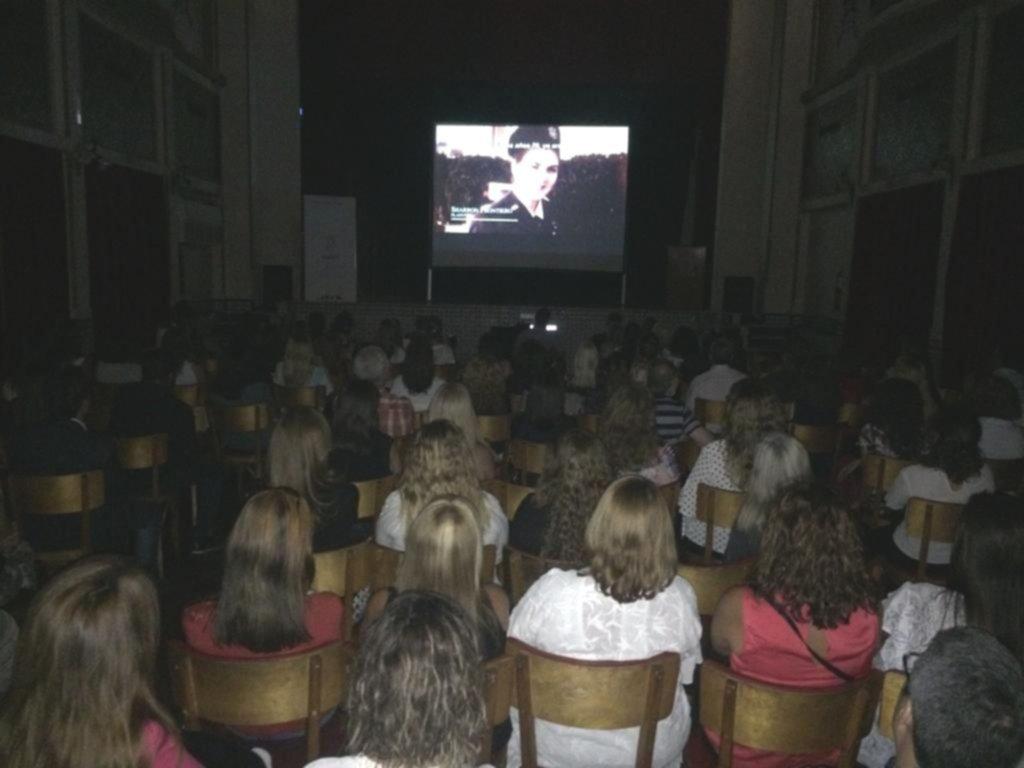 Exhibición del documental en San Juan - Salón de Actos del Club Sirio Libanés