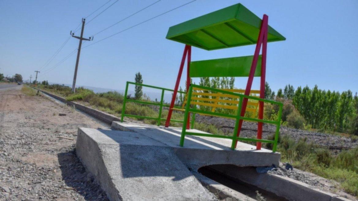 El registro de paradas y el servicio de geolocalización servirá para facilitar el uso.